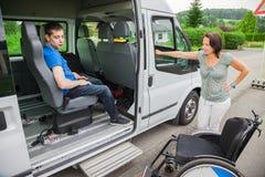 Ανάπηρο αγόρι Στοκ φωτογραφία με δικαίωμα ελεύθερης χρήσης