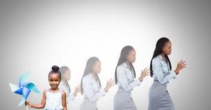 Ανάπτυξη παιδιών στη μεγαλωμένη γυναίκα στοκ εικόνες με δικαίωμα ελεύθερης χρήσης