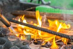 Ανάφλεξη της πυρκαγιάς στοκ φωτογραφίες