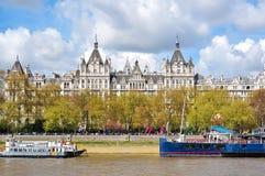 Ανάχωμα Βικτώριας στο Λονδίνο, UK στοκ φωτογραφία με δικαίωμα ελεύθερης χρήσης