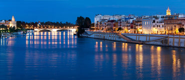 Ανάχωμα ποταμός της Σεβίλλης, Γκουανταλκιβίρ, Ισπανία στοκ εικόνες με δικαίωμα ελεύθερης χρήσης