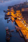 Ανάχωμα στην παλαιά πόλη του Πόρτο, Πορτογαλία Στοκ εικόνα με δικαίωμα ελεύθερης χρήσης