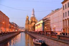 Ανάχωμα του καναλιού Griboedov στο βράδυ Στοκ Εικόνα