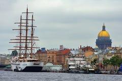 ανάχωμα Στοκ εικόνες με δικαίωμα ελεύθερης χρήσης