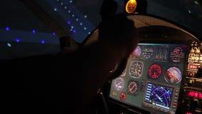Αναγκαστική προσγείωση αεροσκαφών, τεχνικά προβλήματα με τη μηχανή, επικίνδυνη στιγμή απόθεμα βίντεο