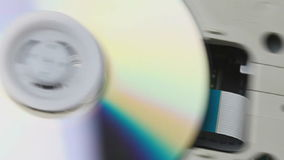 Αναγνώστης του CD μέσα απόθεμα βίντεο