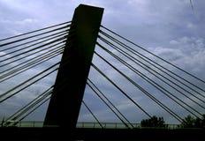 Αναδρομικά φωτισμένη γέφυρα Στοκ φωτογραφία με δικαίωμα ελεύθερης χρήσης