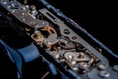αναδρομικός διανυσματικός τρύγος απεικόνισης ανασκόπησης μηχανισμός εργαλείων παλαιός στοκ φωτογραφία