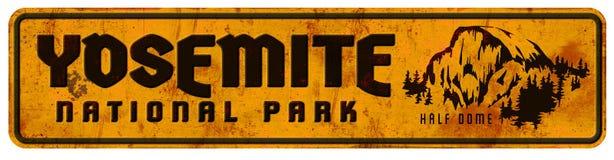Αναδρομικός εκλεκτής ποιότητας μισός θόλος Grunge σημαδιών πάρκων Yosemite εθνικός ελεύθερη απεικόνιση δικαιώματος