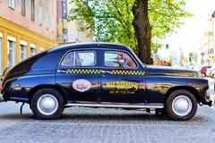 Αναδρομικό εμπορικό σήμα FSO, πρότυπο Βαρσοβίας, 1951-1973 αυτοκινήτων Στοκ φωτογραφία με δικαίωμα ελεύθερης χρήσης