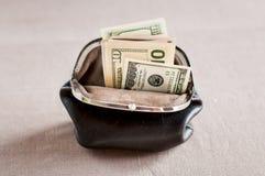 Αναδρομικό καφετί πορτοφόλι ina χρημάτων, Στοκ φωτογραφίες με δικαίωμα ελεύθερης χρήσης