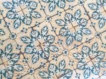 Αναδρομικό κεραμίδι στο πάτωμα στο αρχαίο παλάτι Στοκ εικόνες με δικαίωμα ελεύθερης χρήσης