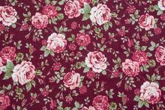 Αναδρομικό πρότυπο υφάσματος με τη floral διακόσμηση Στοκ Εικόνες