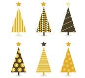 Αναδρομικό χριστουγεννιάτικο δέντρο που απομονώνεται στο λευκό ελεύθερη απεικόνιση δικαιώματος