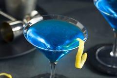 Αναζωογονώντας μπλε Martini κοκτέιλ Στοκ εικόνες με δικαίωμα ελεύθερης χρήσης