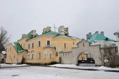 Ανακαίνισε το κτήριο και την πύλη Στοκ Εικόνες