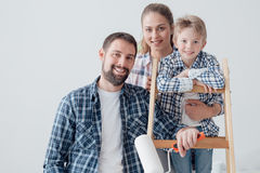 Ανακαίνιση οικογένειας και σπιτιών στοκ φωτογραφία με δικαίωμα ελεύθερης χρήσης