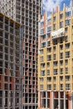 Ανακαίνιση τοίχων σπιτιών ενεργειακής αποδοτικότητας για την ενέργεια - αποταμίευση Εξωτερική μόνωση θερμότητας τοίχων σπιτιών με Στοκ φωτογραφίες με δικαίωμα ελεύθερης χρήσης