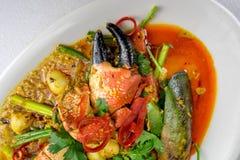 Ανακατώνω-τηγανισμένο κάρρυ καβουριών Στοκ Εικόνα