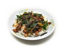 Ανακατώστε τον τηγανισμένο ιερό βασιλικό χοιρινού κρέατος Στοκ φωτογραφία με δικαίωμα ελεύθερης χρήσης