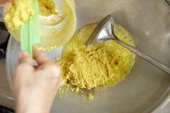 Ανακατώστε το τηγανίζοντας συστατικό Στοκ Φωτογραφίες