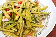 Ανακατώστε το τηγανισμένο λάχανο ελών Στοκ Εικόνες