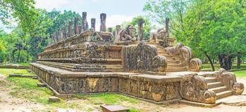Ανακαλύψτε τα παλάτια Polonnaruwa Στοκ Εικόνες