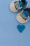 Ανακοίνωση μωρών Νεογέννητο υπόβαθρο Fondant πράγματα μωρών Στοκ φωτογραφίες με δικαίωμα ελεύθερης χρήσης