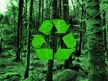 ανακυκλώνοντας σύμβολ&omicro Στοκ φωτογραφίες με δικαίωμα ελεύθερης χρήσης