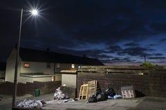 Ανακυκλώνοντας τα απόβλητα έξω για την αποκομιδή στοκ φωτογραφία με δικαίωμα ελεύθερης χρήσης