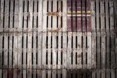 Ανακυκλωμένος ξύλινος τοίχος παλετών Στοκ φωτογραφία με δικαίωμα ελεύθερης χρήσης