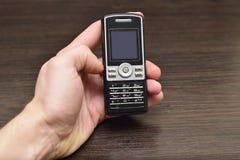 Ανακυκλώνοντας παλαιά κινητά τηλέφωνα κυττάρων Στοκ εικόνα με δικαίωμα ελεύθερης χρήσης