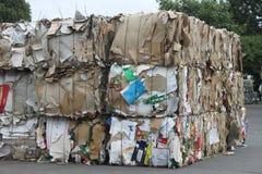 Ανακύκλωση εγγράφου Στοκ εικόνες με δικαίωμα ελεύθερης χρήσης