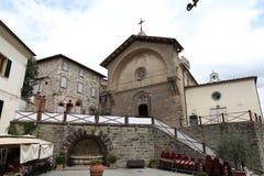 Αναλαμπή ενός τετραγώνου σε Radda σε Chianti, Τοσκάνη, Ιταλία στοκ φωτογραφίες