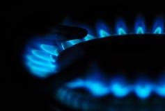 Αναμμένος καυστήρας αερίου στοκ φωτογραφίες