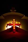 Αναμμένος σταυρός, η κυρία μας παρεκκλησιού υγείας, Anjuna, Goa, Ινδία Στοκ Εικόνες