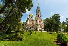 Αναμνηστική εκκλησία σε Shipka θόλοι χρυσοί στοκ φωτογραφία