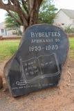 Αναμνηστική πέτρα που τιμά την μνήμη 50 ετών Βίβλου αφρικανολλανδικής στοκ εικόνα