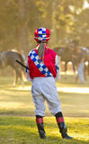 Αναμονή ένα άλογο αγώνων στοκ εικόνα με δικαίωμα ελεύθερης χρήσης
