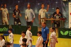Αναμονή μαχητών Jitsu Jiu, έτοιμη για την κατάρτιση στοκ εικόνες