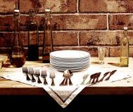 αναμονή πιάτων Στοκ Φωτογραφίες