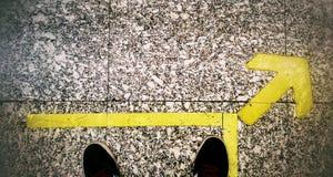 αναμονή τραίνων Στοκ εικόνες με δικαίωμα ελεύθερης χρήσης