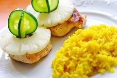 ανανάς κοτόπουλου στηθώ&n Στοκ εικόνα με δικαίωμα ελεύθερης χρήσης