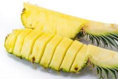 ανανάς με τις φέτες σε ανοικτό γκρι Ανανάς, ανανάς, φρούτα Στοκ Φωτογραφίες
