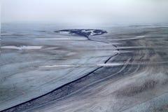 Αναπτυγμένος από τον παγετώνα nunatak και το λειαντικό ποταμό από το στοκ φωτογραφία με δικαίωμα ελεύθερης χρήσης