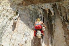 Αναρρίχηση βράχου σε Geyikbayiri, κοντά σε Antalya, Τουρκία Στοκ Φωτογραφία