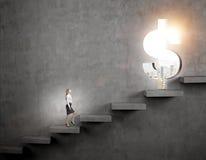 Αναρρίχηση μιας σκάλας της επιτυχίας Στοκ φωτογραφίες με δικαίωμα ελεύθερης χρήσης