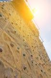 αναρρίχηση του τοίχου βράχου Στοκ Φωτογραφίες
