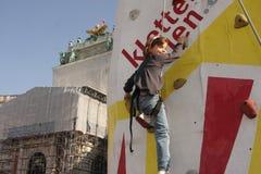 αναρρίχηση των νεολαιών κ&omic Στοκ Φωτογραφία