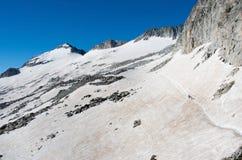 Αναρρίχηση Pico de Aneto στον παγετώνα Aneto, Πυρηναία, Ισπανία Στοκ Φωτογραφίες